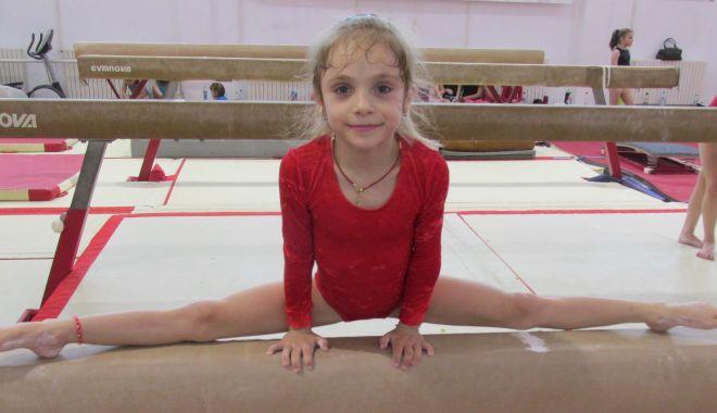 Foto: Sabrina Voinea impresionează la antrenamente