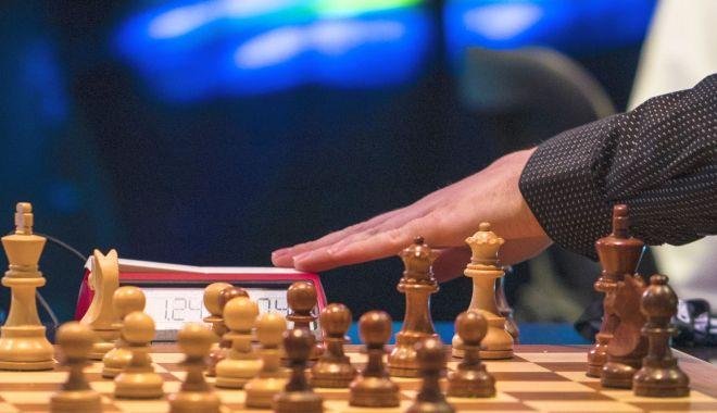 Magia șahului! Când regulile devin inferioare inspirației… - sah-1587469189.jpg