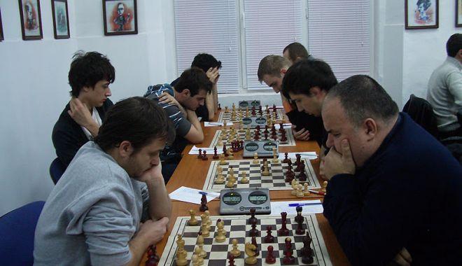 """Foto: Șah la Eforie Nord. """"Memorialul Gheorghe Cristian"""" își dispută cea de-a 32-a ediție"""