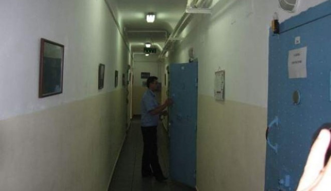 Foto: Câți deținuți de la Poarta Albă au trecut, în 2011, pe la comisia de liberare condiționată?
