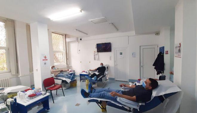 Nu ezitaţi să donaţi sânge! Salvaţi viaţa celor de lângă voi! - sange-1614278655.jpg