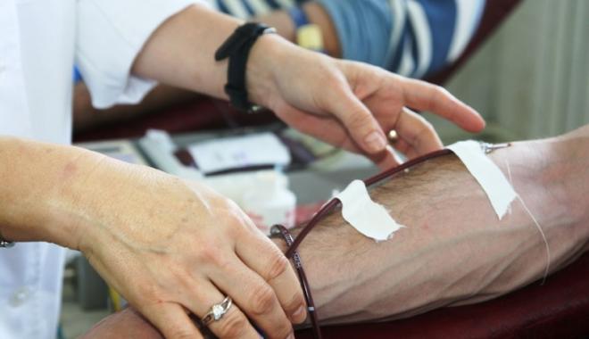 Campanie umanitară, la Mangalia. Donează sânge și salvează o viață! - sangevoluntari2-1491141773.jpg