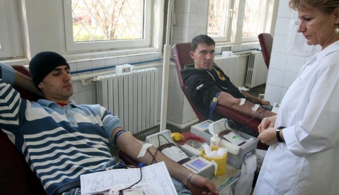 Campanie umanitară, la Mangalia. Donează sânge și salvează o viață! - sangevoluntari3-1491141782.jpg