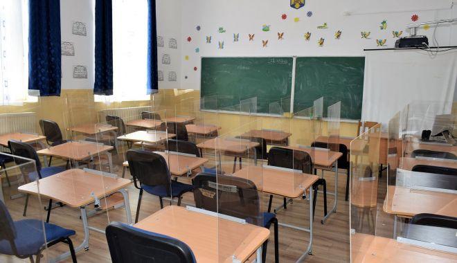 """Scenariu verde, pentru cursuri faţă în faţă, la Liceul Tehnologic """"Nicolae Dumitrescu"""" din Cumpăna - scenariuverde1-1600951349.jpg"""