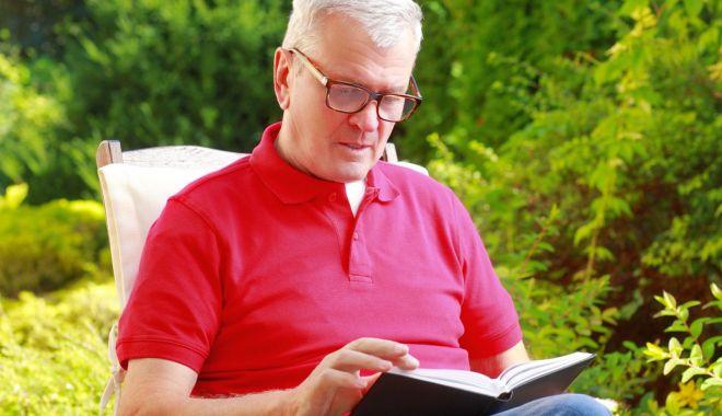 Foto: Autorul cărților cu James Bond, comemorat de bibliotecarii constănțeni