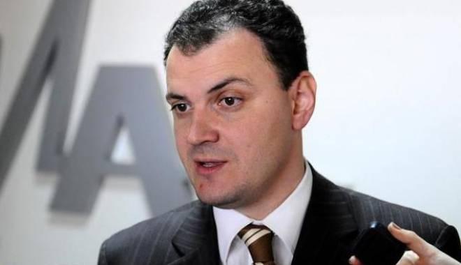 Foto: Ghiță s-ar putea retrage din Comisia de Control al SRI