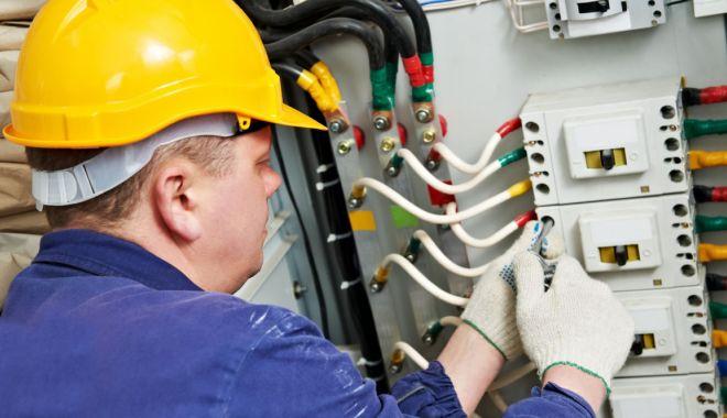 Foto: Sectorul serviciilor asigură cel mai mare număr de locuri de muncă
