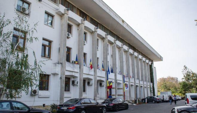 Consilierii locali din Constanța, reuniți în ședință. Ce proiecte sunt pe ordinea de zi - sedintaclprimarieonline-1614346223.jpg