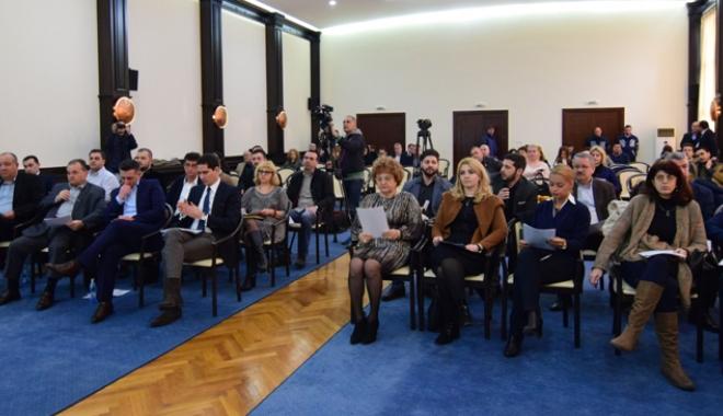 Foto: Aleșii locali din Constanța, convocați în ședință. Ce proiecte vor vota