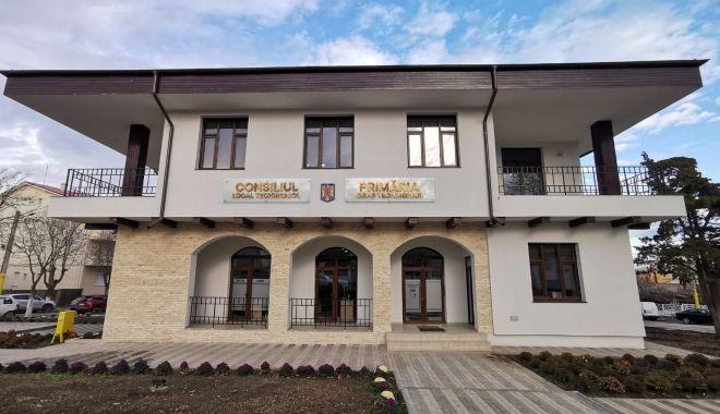Lucrările la noul sediu al Primăriei Techirghiol au costat 1,2 milioane de lei - sediunouprimariatechirghiol2-1610129101.jpg