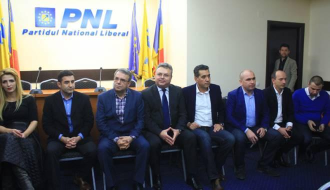 Foto: Se face liniște în PNL Constanța sau începe bătălia pentru listele de consilieri?