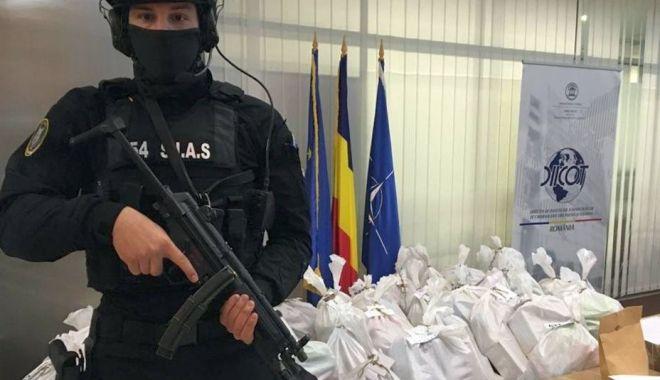 """Foto: """"Cocaină la Marea Neagră"""". Excentricități, droguri și o avere de milioane de dolari!"""