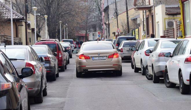"""Foto: Minunat! După giratorii și stâlpișori, Constanța - """"invadată"""" de sensurile unice"""