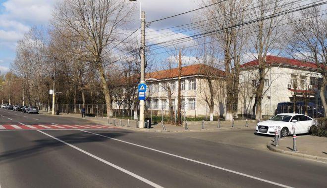 Atenție șoferi! Un nou sens giratoriu în zona Școlii Nr. 8 - sens-1584546816.jpg