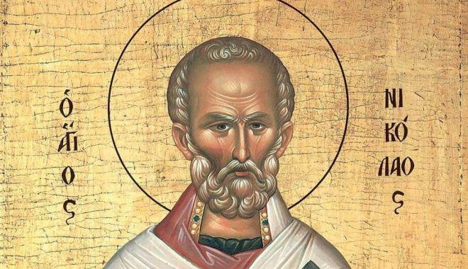 Credincioșii îl sărbătoresc pe Sfântul Nicolae - sfantulnicolae2-1606931420.jpg