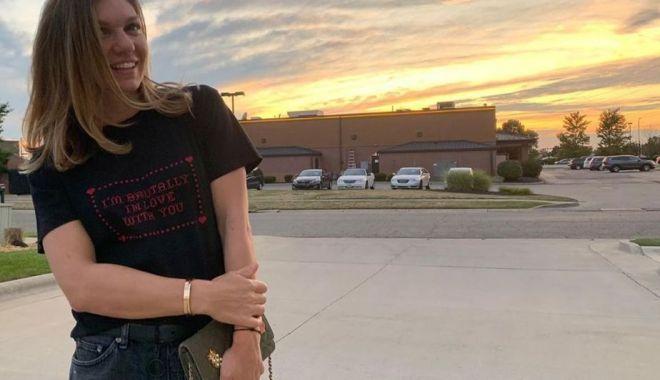 Foto: Iată în ce tricou s-a fotografiat Simona Halep! Mesaj special pentru o persoană dragă