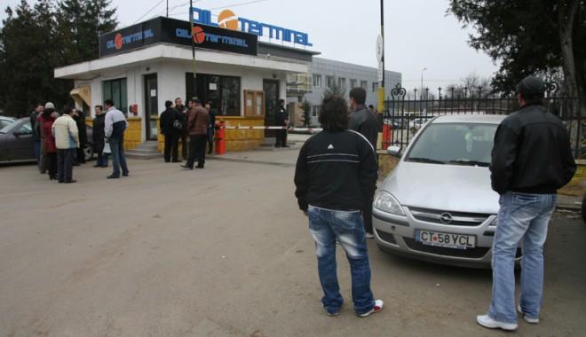 Foto: Sindicatul Oil Terminal solicită achitarea primei de Paști, în instanță
