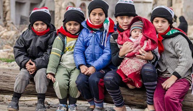 Un fel de Revoluție din 89? Petrol, dolari, religie. Cine trage sforile în conflictul din Siria - siria-1524391707.jpg