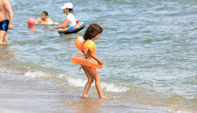 Foto: Soare și temperaturi plăcute, pe litoral