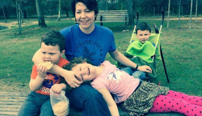ȘOCANT! O femeie și-a omorât cei trei copii, după care s-a sinucis - soc-1572712909.jpg