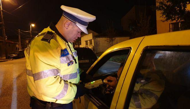 Foto: Dosare penale pentru șoferi beți și fără permis