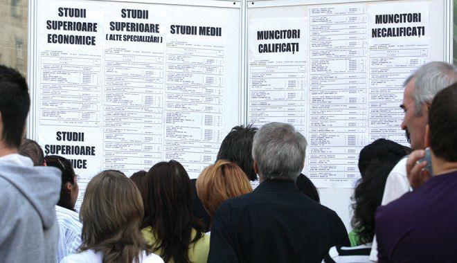 Foto: Bani europeni pentru susținerea șomajului tehnic
