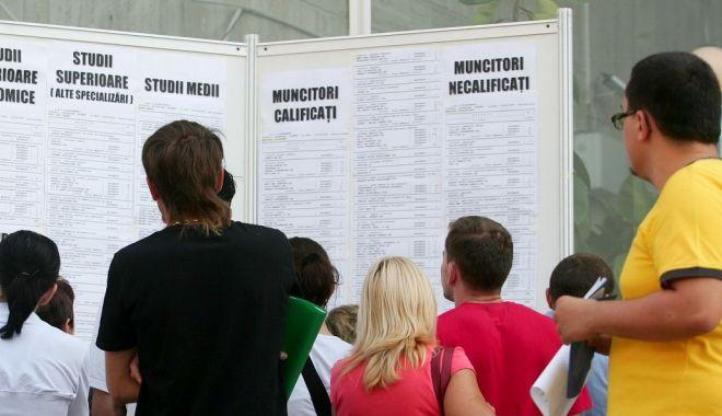 Șomajul în rândul tinerilor a explodat pe timp de pandemie. Comisia Europeană reacționează - somajulinrandultineriloraexploda-1604602553.jpg