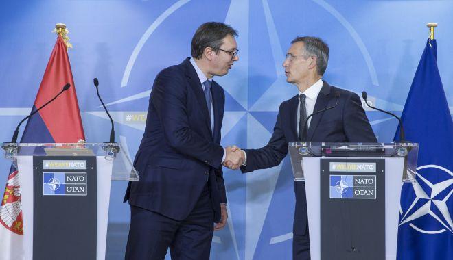 Foto: Sondaj în Serbia. 89% din cetățeni sunt împotriva aderării la NATO