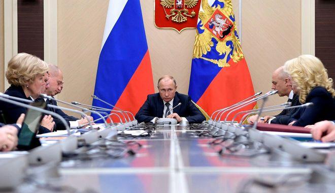 Foto: Sondaj în Rusia. Guvernul nu acționează în interesul oamenilor!