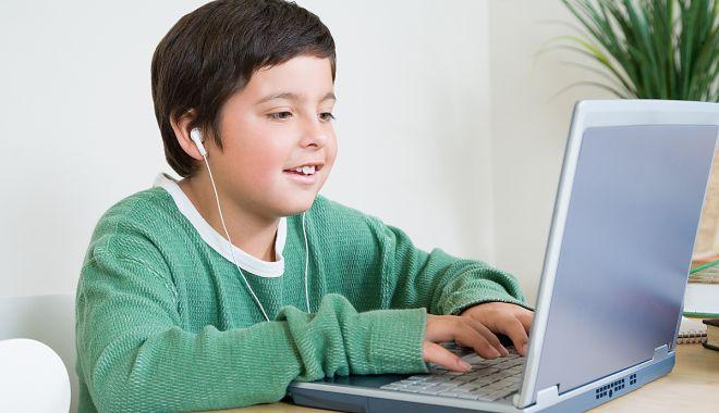 Șoricelul năstrușnic Șori se întâlnește, online, cu copiii - sorisursakafe-1589298672.jpg