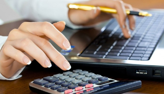 Foto: Spania reduce impozitele pentru companii și populație