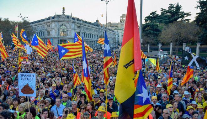 Spania investighează dacă există legături între spionajul rus și separatiștii catalani - spania-1574635566.jpg