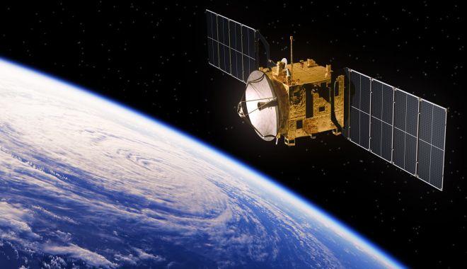 Centralele spațiale ar putea alimenta cu electricitate Pământul - spatiu-1606667131.jpg