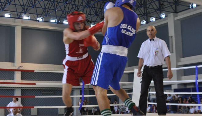 Foto: Spectacol în ring! Pregătiri pentru Naționalele de box feminin, de la Eforie Nord