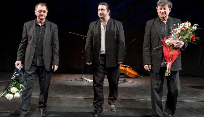 Foto: Spectacolul cu Caramitru și Mălăele a fost reprogramat
