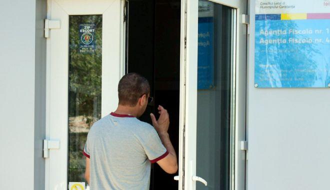 Foto: Tranzacții auto, la SPIT Constanța