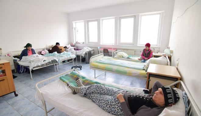 Spitalul, motiv de dispută politică! Cum vrea să acopere fostul primar urmele neregulilor - spitalharsova23-1486660010.jpg