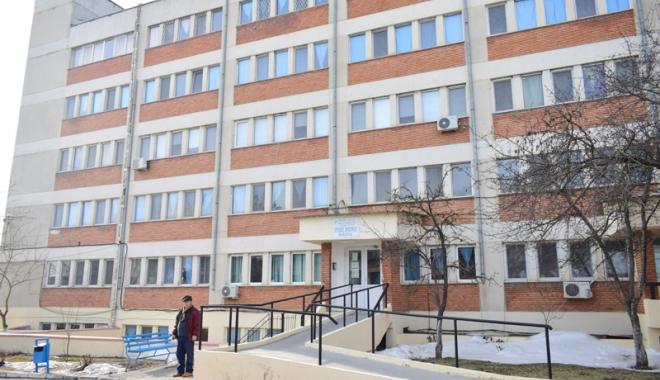 Spitalul, motiv de dispută politică! Cum vrea să acopere fostul primar urmele neregulilor - spitalharsova4-1486659980.jpg