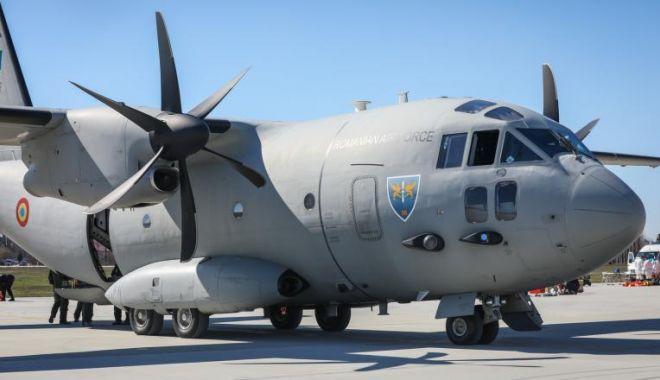 Foto: Materiale medicale din Coreea de Sud, aduse în țară de un avion MApN