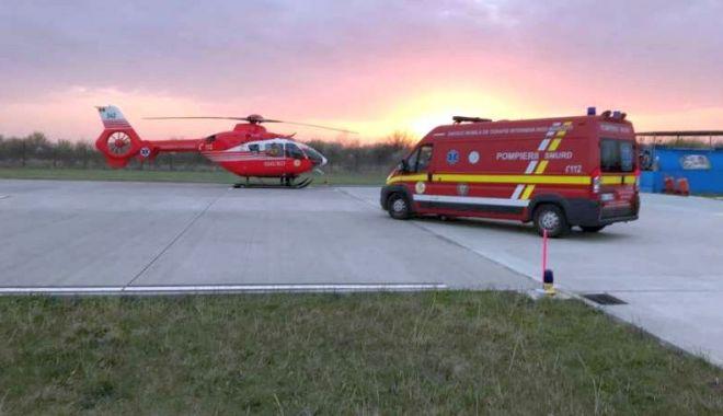 Bebeluși transportați de urgență la spital cu elicoptere MAI - ss-1585423170.jpg