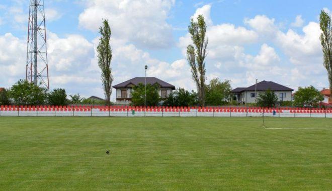 Foto: Stadionul de la Techirghiol arată din ce în ce mai bine