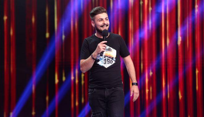 Foto: Stand-up comedy în Parcul Tăbăcărie