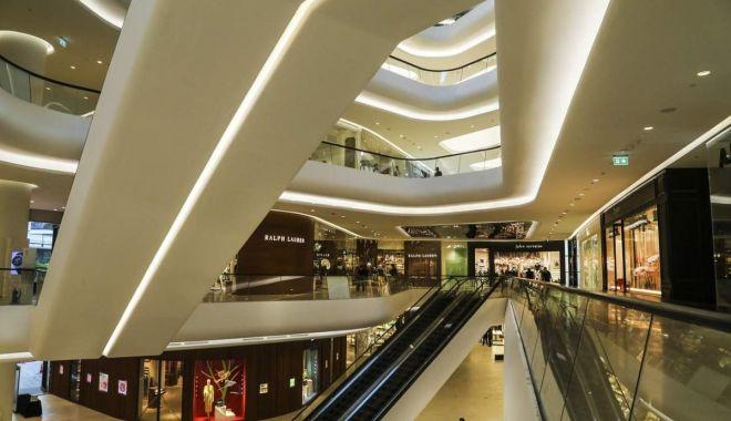 Mall-urile ar putea primi bani de la stat. Patronii așteaptă ajutor cu sufletul la gură - statulvreasaplateasca-1607362820.jpg