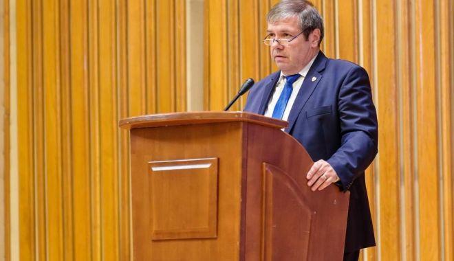 Foto: Senatorul Ștefan Mihu, semnal de alarmă privind valorificarea voucherelor de vacanță