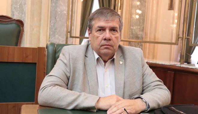 """Foto: Senatorul Ștefan Mihu: """"Dublarea alocațiilor pentru copii reprezintă un pas spre normalitate"""""""