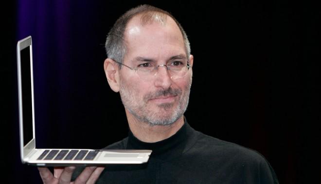 Steve Jobs nu își lăsa copiii să folosească iPad-urile și le limita accesul la internet - steve-1410681089.jpg