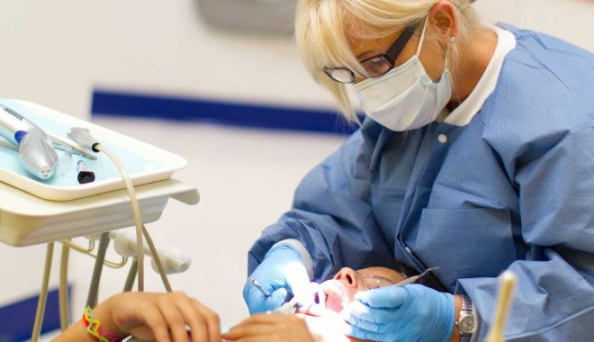 Constănțenii urlă de durere! Unde tratăm urgențele stomatologice - stomatologiesursabusinessinsider-1587573402.jpg