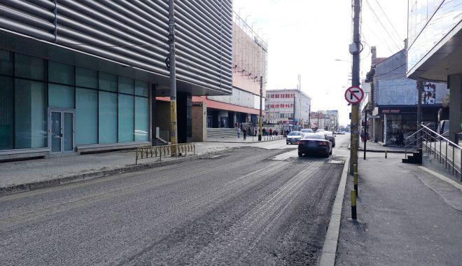 Avansează lucrările de decopertare a carosabilului pe strada Mihai Viteazu - stradamihaiviteazu1-1601548276.jpg