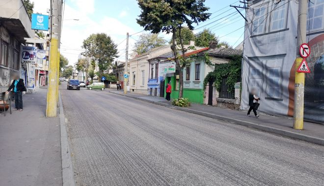 Avansează lucrările de decopertare a carosabilului pe strada Mihai Viteazu - stradamihaiviteazu2-1601548293.jpg
