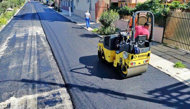 Administraţia locală a reabilitat strada Nehoiului din cartierul Km 4 - stradanehoiului3-1600363105.jpg